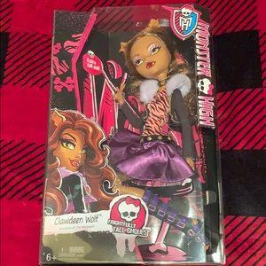 "Monster High Clawdeen 17"" Frightfully TallNWT, used for sale"